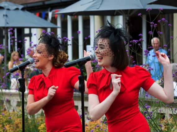 Music on the Terrace - The Dreambelles